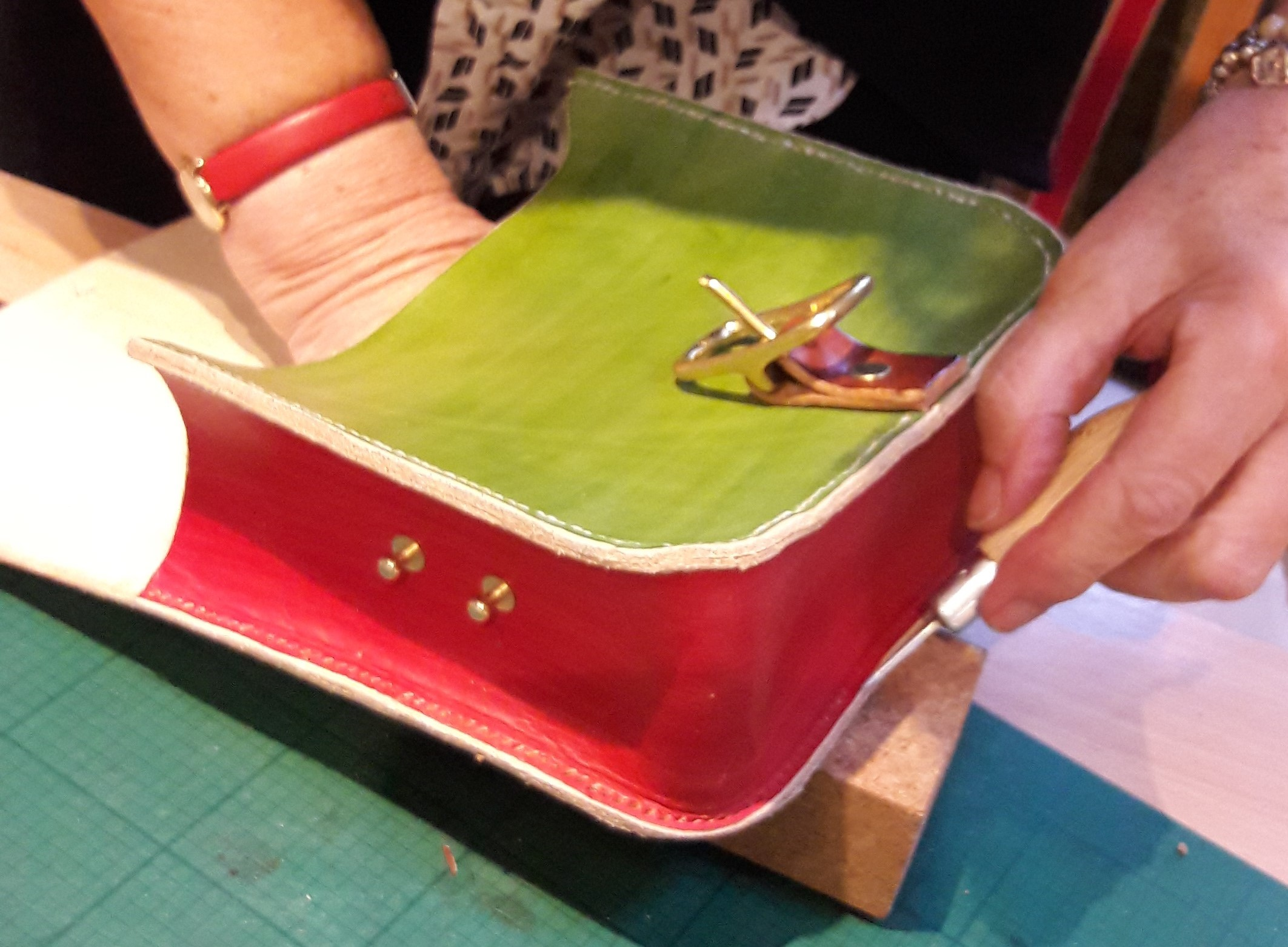 A Hand Stitched Leather Bag in a Day with Ruth Pullan